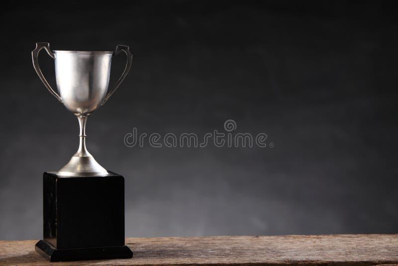 Vecchio trofeo fotografia stock libera da diritti