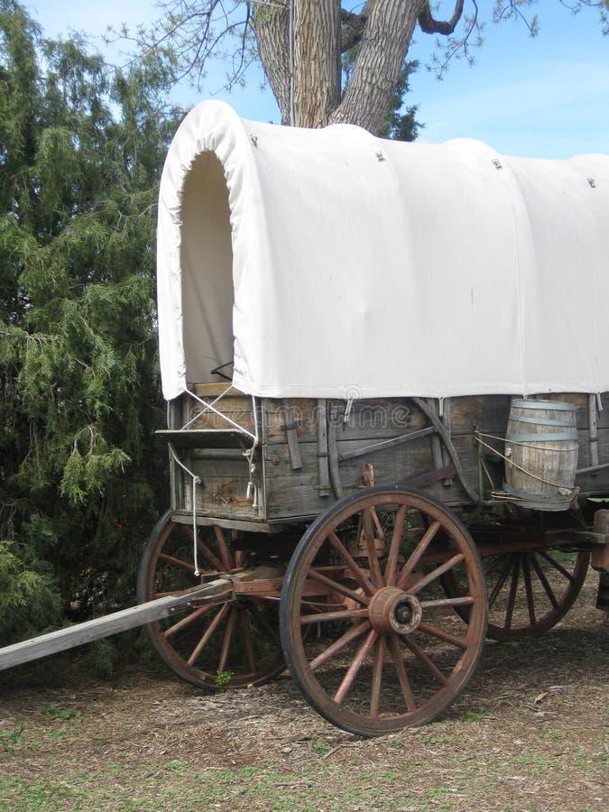 Vecchio vagone coperto ad ovest fotografie stock libere da diritti