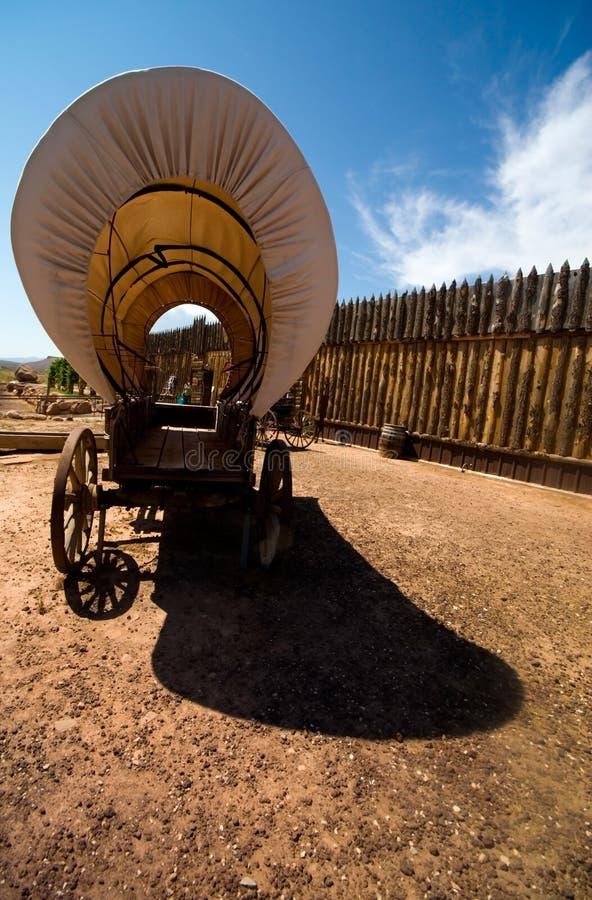 Vecchio vagone coperto occidentale fotografia stock