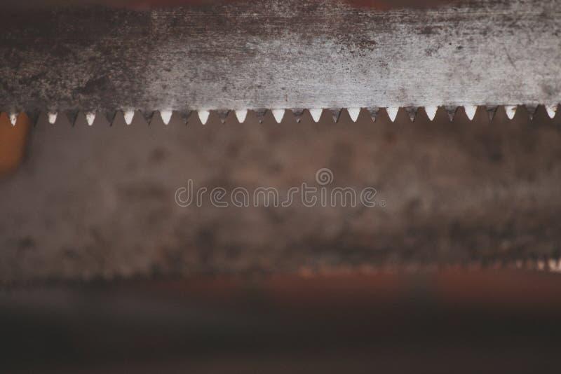 Vecchio villaggio del fondo del dente di sega del metallo immagini stock libere da diritti