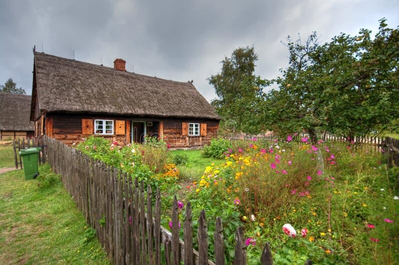 Vecchio villaggio in Polonia fotografie stock