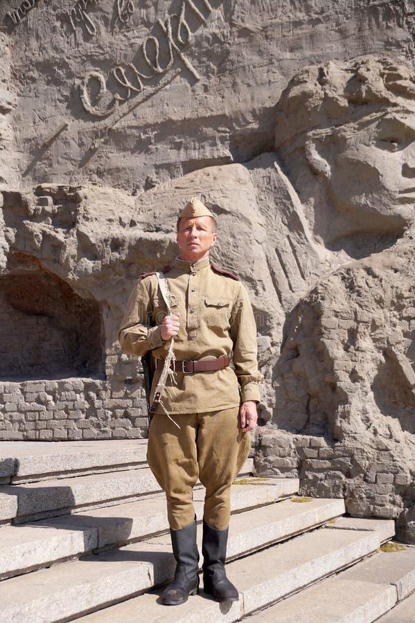 Vechter van Rood Leger in de vorm van tijden van Wereldoorlog II bij h royalty-vrije stock fotografie