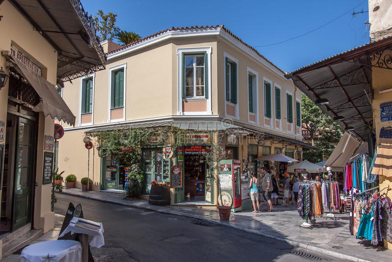 Vecindad atenas grecia de plaka foto editorial imagen de for Oficina de turismo de grecia