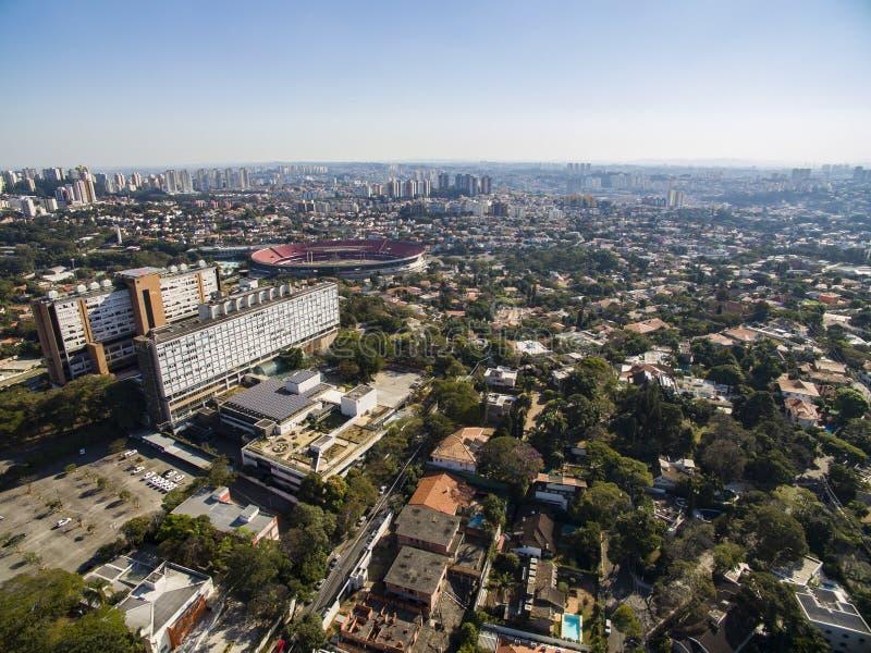 Vecindad de Morumbi, Sao Paulo, el Brasil fotos de archivo