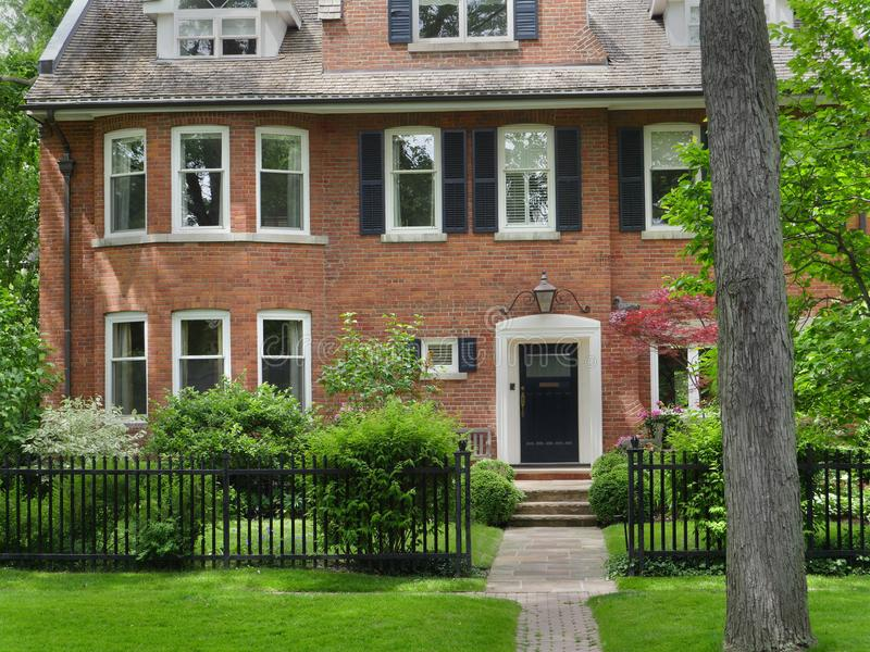 Vecindad del ` s Rosedale de Toronto imagen de archivo
