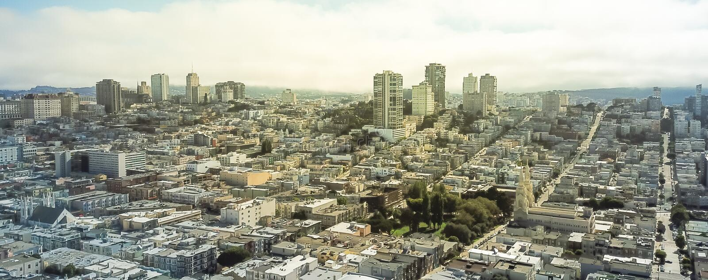 Vecindad rusa de la colina de la opinión aérea del panorama en San Francisco imágenes de archivo libres de regalías