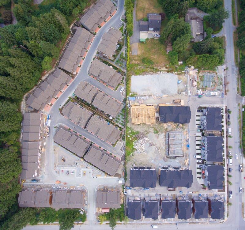 Vecindad suburbana bajo construcción imágenes de archivo libres de regalías