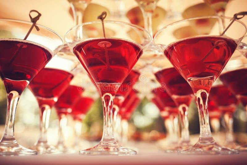 vecteur en verre de descripteur de martini de fond image stock