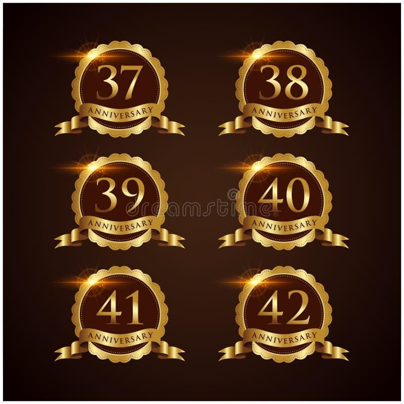 Vector de lujo Illustrator EPS del aniversario 37-42 de la insignia 10 ilustración del vector