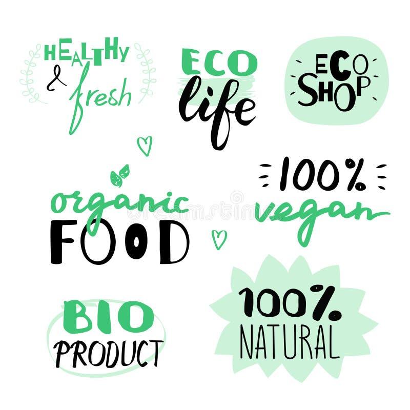 Vector l'insieme disegnato a mano del vegano e delle etichette naturali Ecologico e alimento biologico illustrazione vettoriale