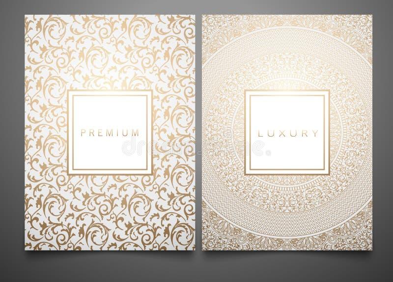 Vector vastgestelde verpakkende malplaatjes met verschillende gouden bloemendamasttextuur voor luxeproduct Wit achtergrond en kad stock illustratie