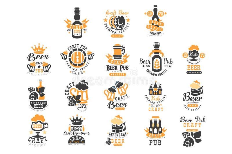 Vectorreeks originele zwarte en oranje malplaatjes van het bierembleem Alcoholisch drankthema Emblemen voor product verpakking royalty-vrije illustratie