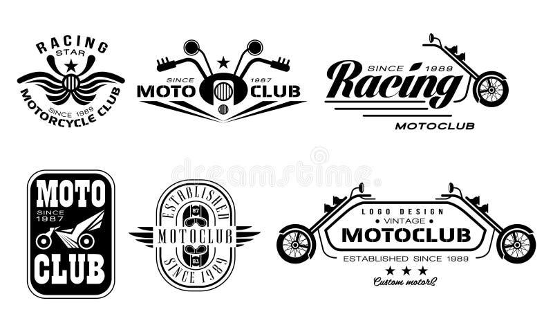 Vectorreeks uitstekende emblemen van de motorfietsclub Zwart-wit emblemen met motoren, sturende bars, helmen en tekst vector illustratie