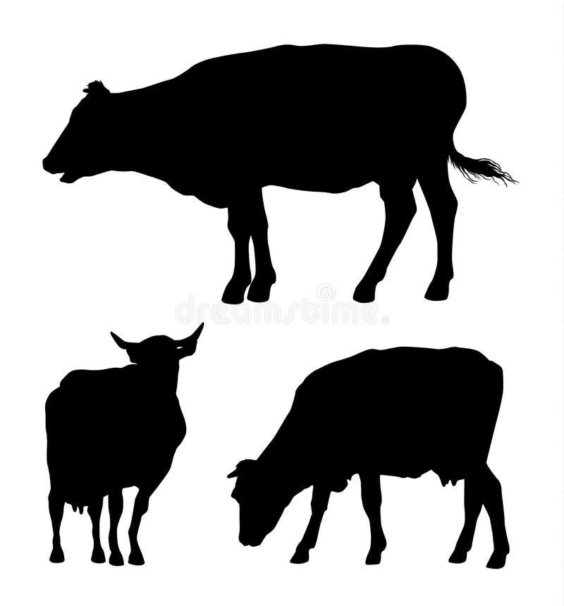 Vectorreeks zwarte die silhouetten van koe op witte backgro wordt geïsoleerd royalty-vrije illustratie