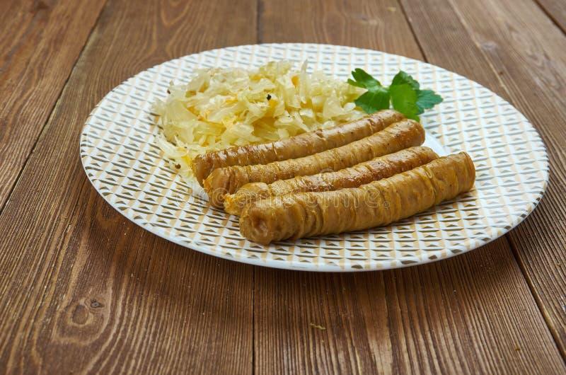 Vedarai de Bulviniai - salchicha lituana, diversos tipos de salchicha o intestino relleno con un relleno hecho de una combinación fotos de archivo libres de regalías