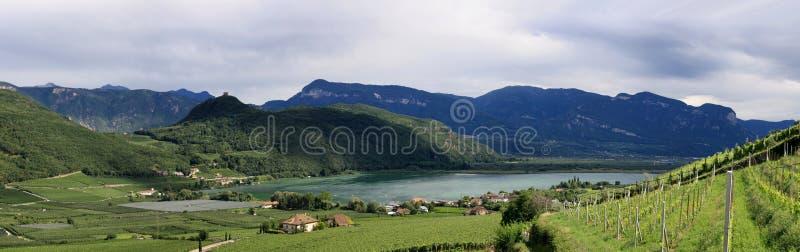 Vedi in Tirol in Kaltern immagini stock libere da diritti