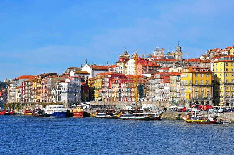 Veelkleurige huizen van Porto, Portugal royalty-vrije stock afbeeldingen