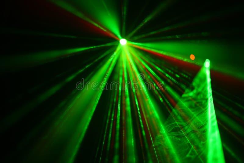 Veelkleurige laserstralen royalty-vrije stock afbeeldingen