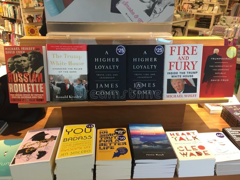 Veelvoudige boeken over de troevenvoorzitterschap van Donald stock afbeelding