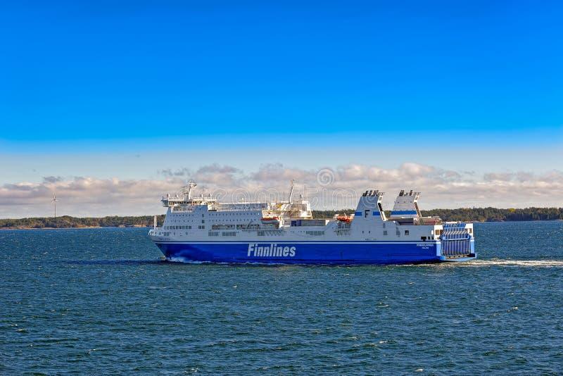 Veerboot in Aland-archipel stock foto's