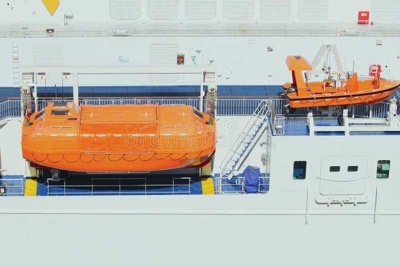Veerboot de aan boord van de reddingsbotenpassagier royalty-vrije stock afbeeldingen