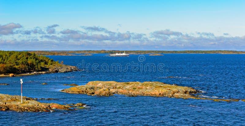 Veerboot in de Aland-archipel royalty-vrije stock afbeeldingen
