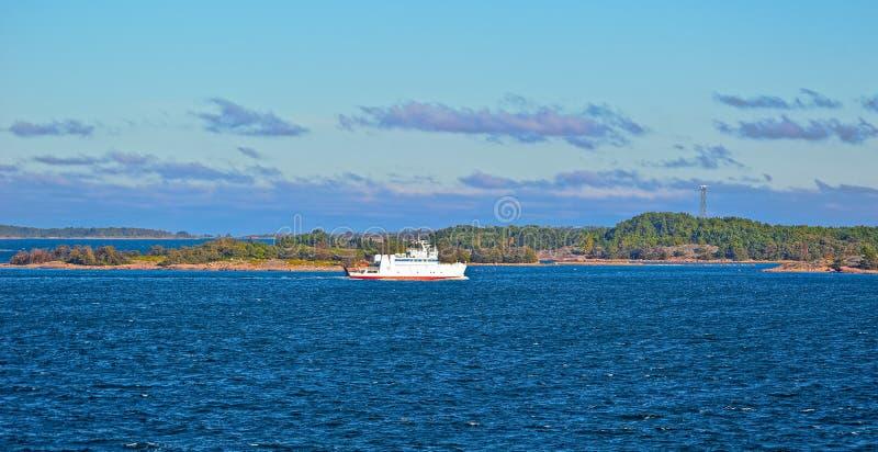 Veerboot in de Aland-archipel royalty-vrije stock afbeelding