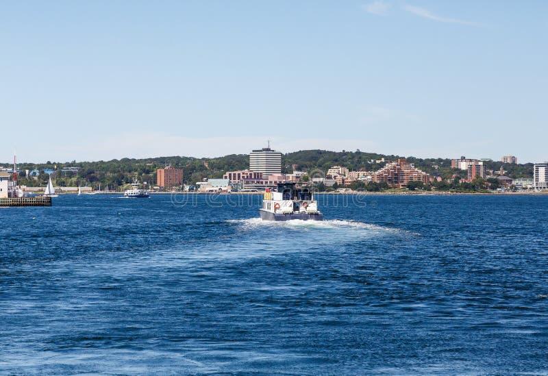 Veerboot die de Haven van Halifax verlaten royalty-vrije stock afbeelding