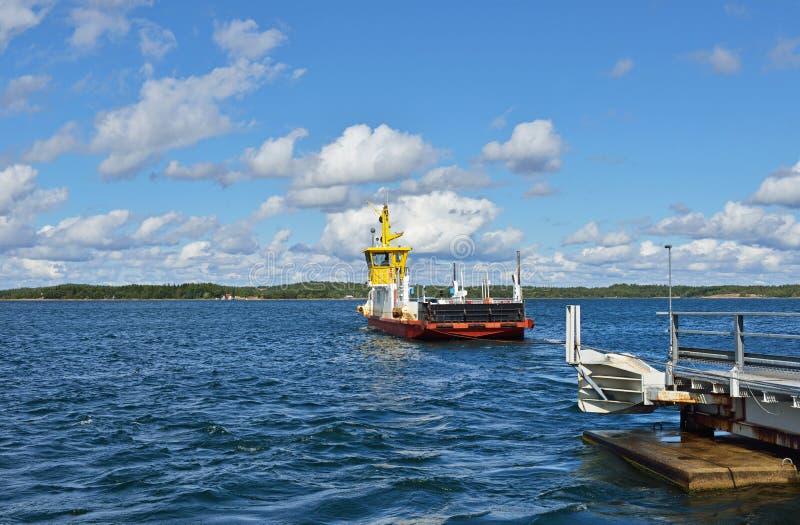 Veerboot kruising royalty-vrije stock afbeeldingen