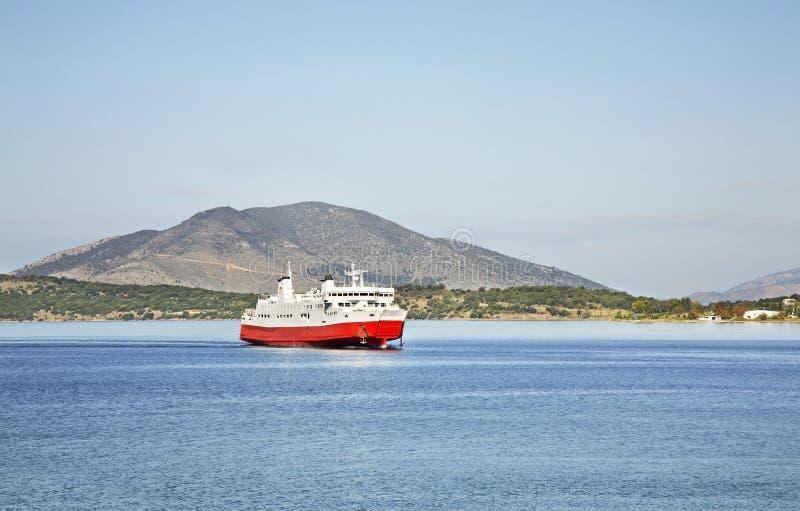 Veerboot van Korfu aan Igoumenitsa Griekenland royalty-vrije stock afbeelding