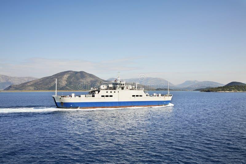 Veerboot van Korfu aan Igoumenitsa Griekenland royalty-vrije stock afbeeldingen