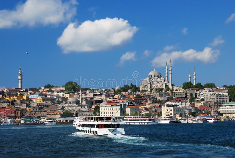 Veerboten in Istanboel, Turkije royalty-vrije stock foto