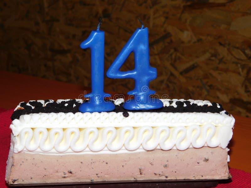 Veertiende Verjaardagscake royalty-vrije stock foto's