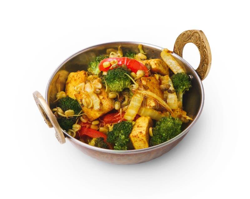 Vegan et plat indien végétarien de restaurant, sauté de tofu d'isolement photos libres de droits