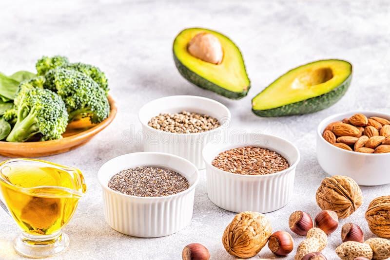Veganistbronnen van Omega 3 en onverzadigde vetten stock afbeelding