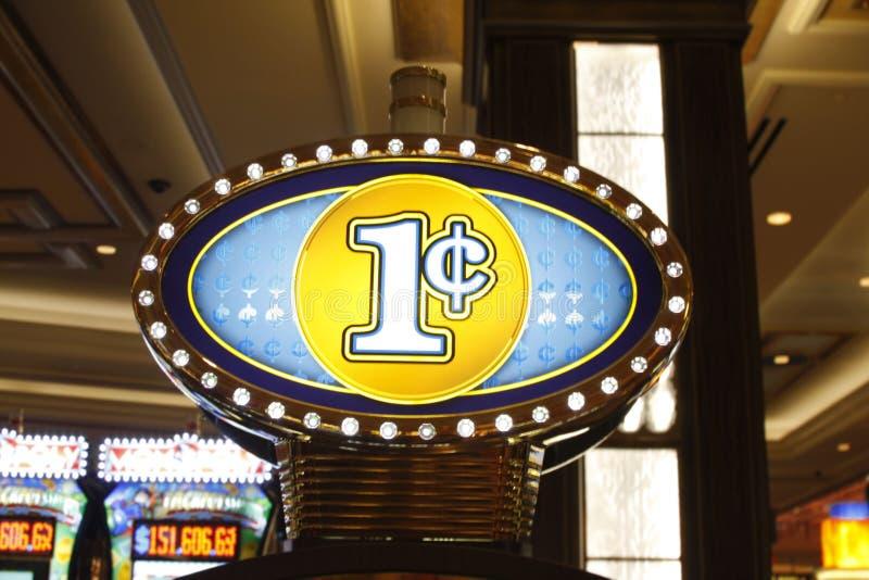 Vegas: Máquina tragaperras del penique fotos de archivo