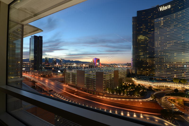 Vegas na noite imagem de stock royalty free