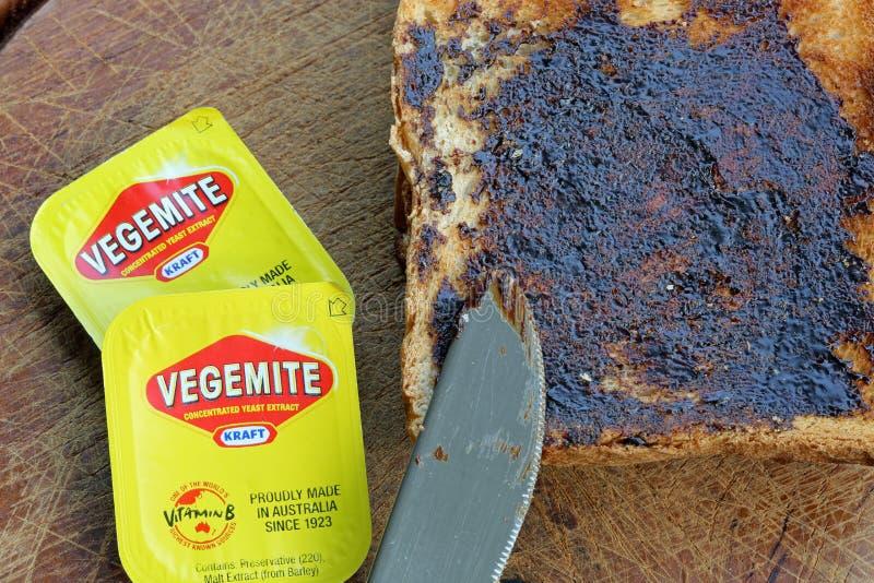 Vegemite su pane tostato fotografia stock