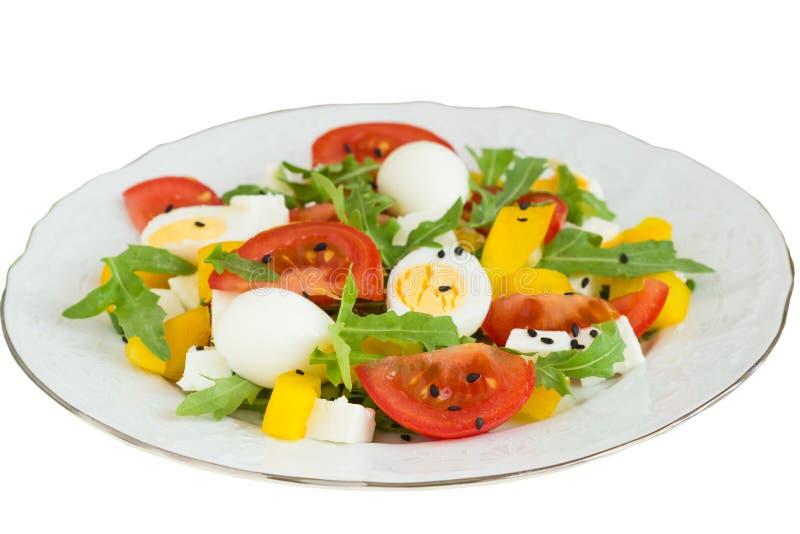 Vegetable салат на плите на белой предпосылке стоковые фотографии rf