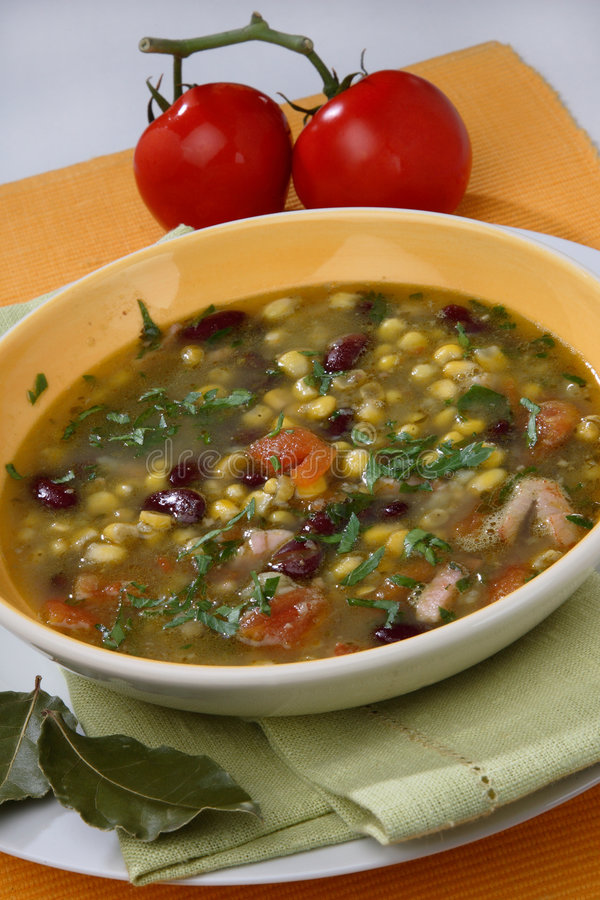 Free Vegetable Soup Royalty Free Stock Images - 7950469