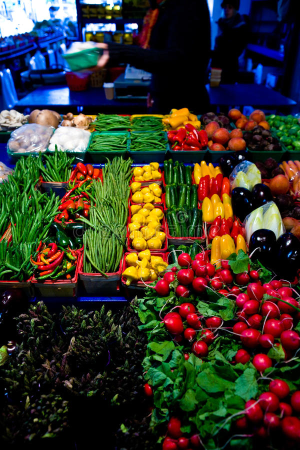 Free Vegetables And Fruits On A Market Stall Royalty Free Stock Image - 16643616