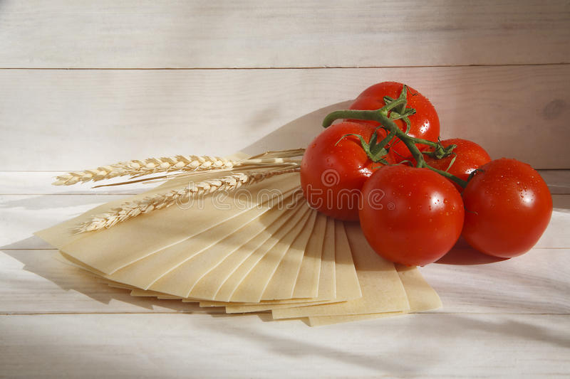 Vegetables in a bowl lettuce and tomatoes royalty free stock photography
