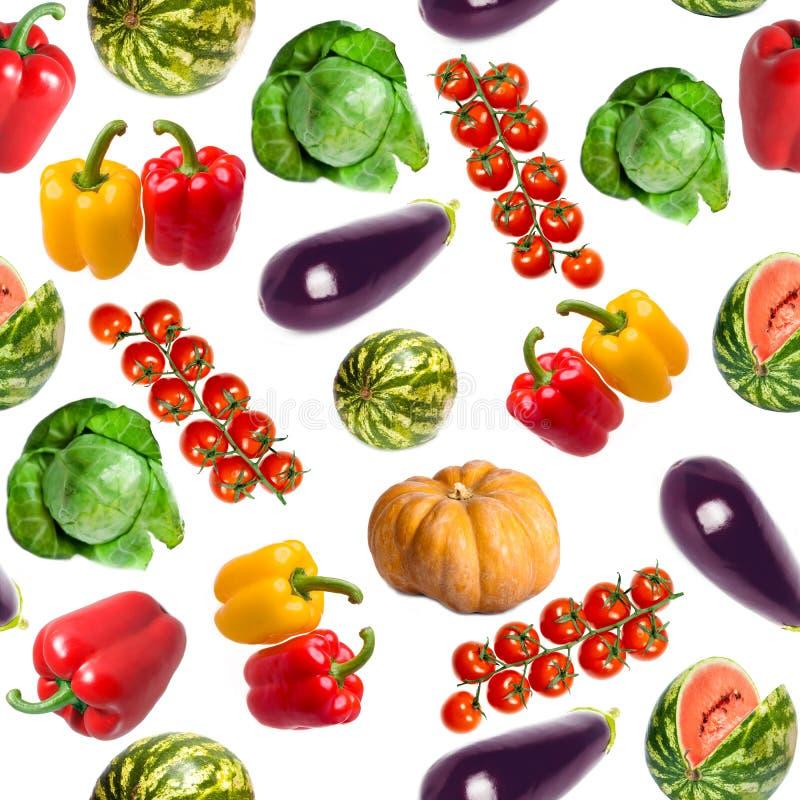 Vegetais - abóbora, pimenta doce, couve, melancia, beringela, ramo dos tomates - um teste padrão sem emenda fotos de stock royalty free