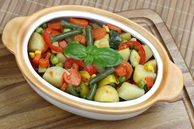 Vegetais fritados imagens de stock royalty free