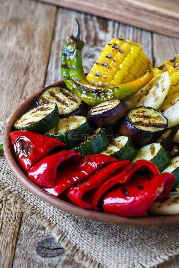 Vegetais grelhados do verão imagem de stock
