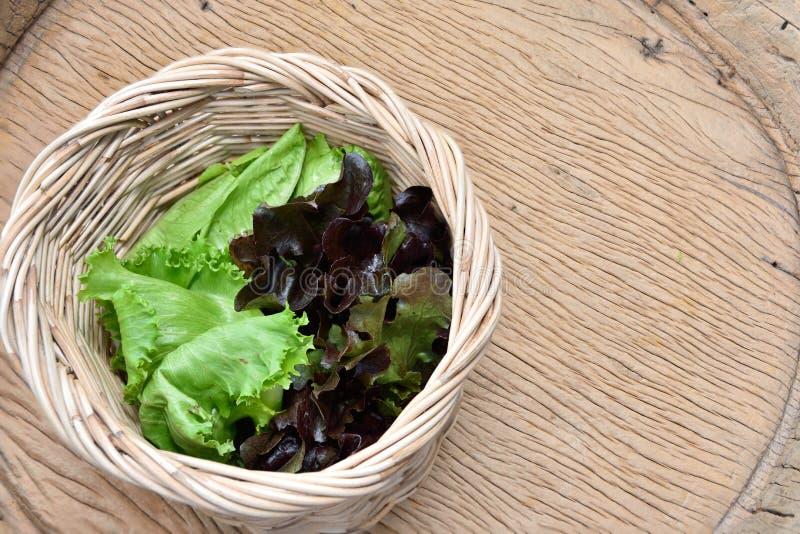 Download Vegetais orgânicos foto de stock. Imagem de tabela, dieta - 65580360