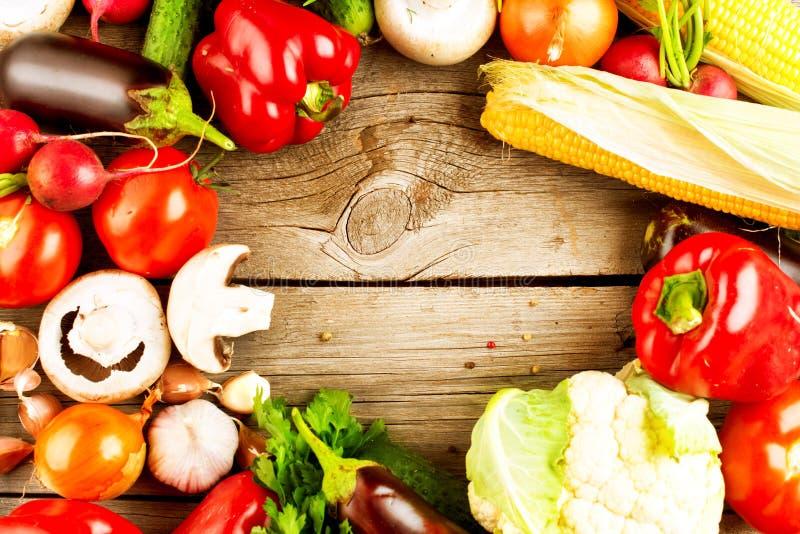 Vegetais orgânicos saudáveis fotografia de stock royalty free