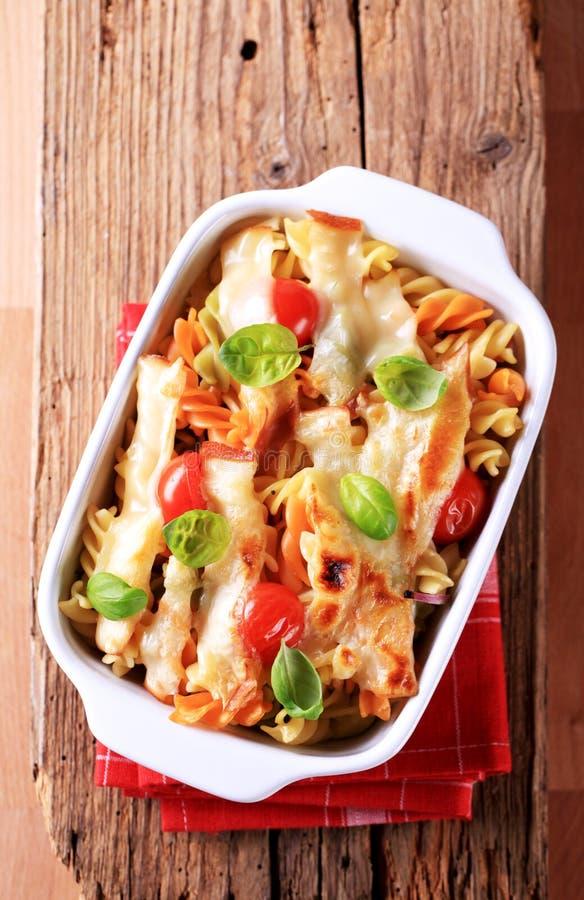 Download Vegetarian макаронных изделия Стоковое Изображение - изображение насчитывающей pasta, тарелка: 18385479