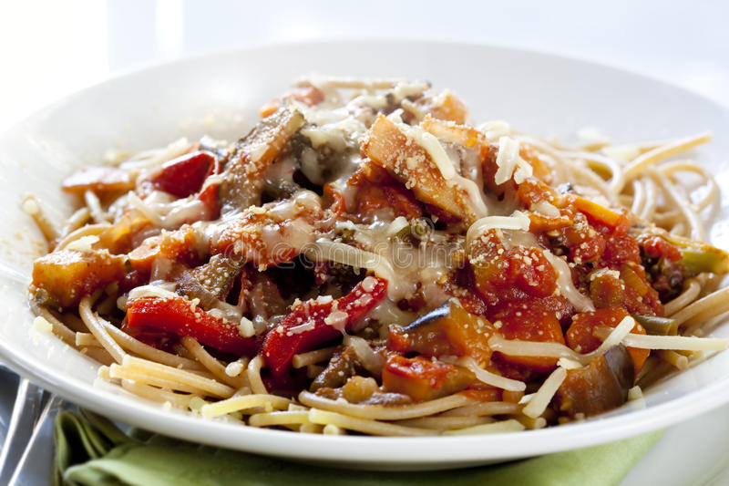 Download Vegetarian Spaghetti stock photo. Image of wholewheat - 14857612