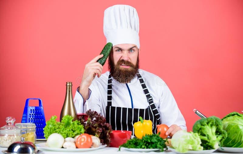 Vegetarische koffie van de Hipster de belangrijkste chef-kok Vegetarisch receptenconcept Kies vegetarische levensstijl De greep v stock fotografie